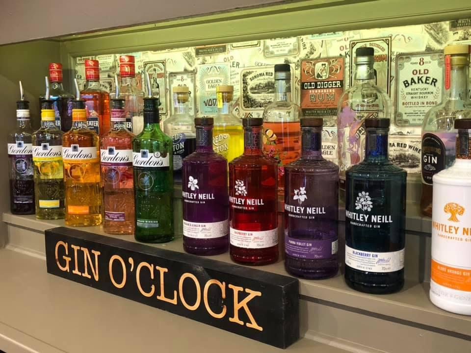 cocktails, gin tonic, gin selection,  free pub hall, child friendly pub, kid friendly, garden party, kids party places, entertainment, free hall for hire