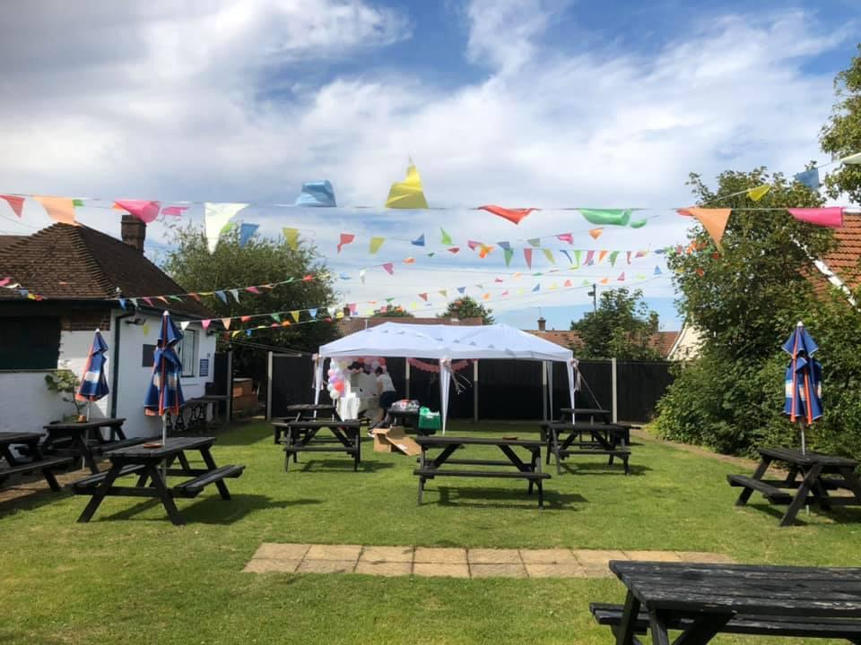 marquee, tent, free pub hall, pub garden, child friendly pub, kid friendly, garden party, kids party places, entertainment, free hall for hire, birthday party venue